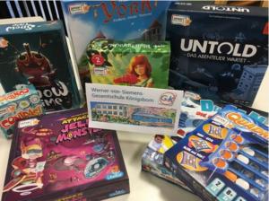 Kultspiele verschenkt Spiele an Werner-von-Siemens-Gesamtschule